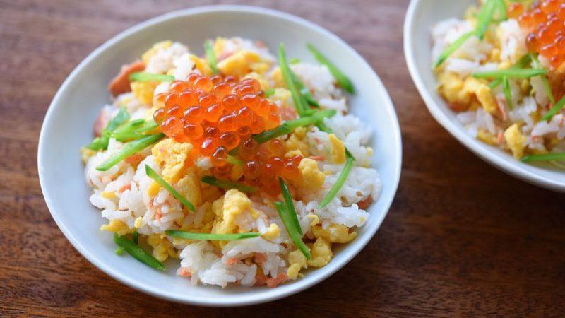 Leckeres Chirashi-Sushi