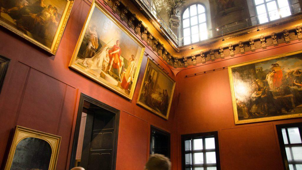 Bilder im Louvre in Paris