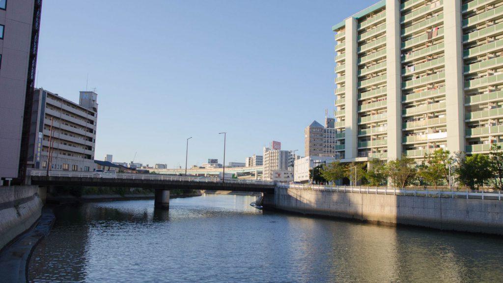 Aussicht auf den Fluss in Fukuoka Japan