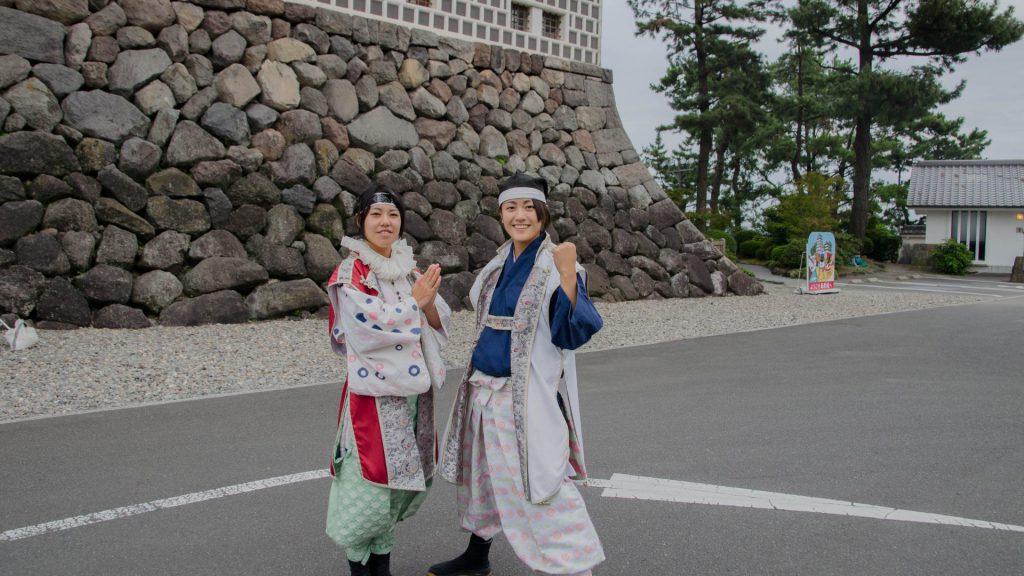 Shimabara Schloss und Cosplayer in Japan
