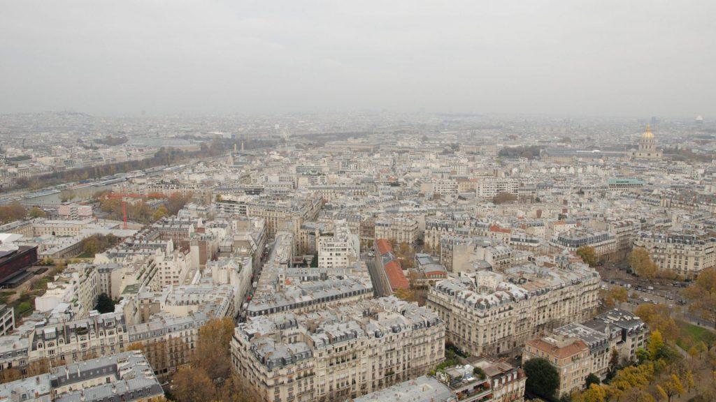Ost-Aussicht vom Eiffelturm in Paris