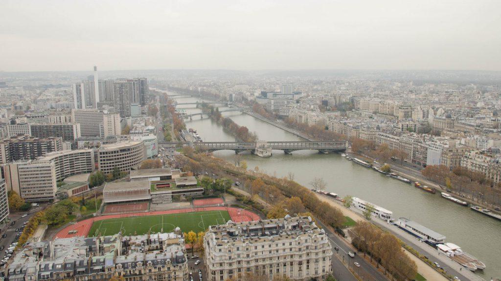 West-Aussicht vom Eiffelturm in Paris